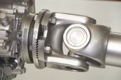 foto of veer  - a silvery universal joint at exposition  - JPG