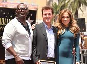 LOS ANGELES - MAY 23:  Simon Fuller, Randy Jackson & Jennifer Lopez arrives to the Walk of Fame Cere