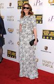 LOS ANGELES - JAN 16:  Julia Roberts arrives to the Critics' Choice Movie Awards 2014  on January 16, 2014 in Santa Monica, CA