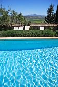 Luxushotel rustikal und Swimming Pool In Countryside