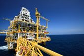 picture of drilling platform  - Oil and gas platform in offshore industry - JPG