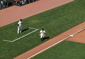 Giants Cody Ross Takes Long Lead From Third