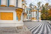 Постер, плакат: Pavilion Hermitage Catherine Park tsarskoye Selo pushkin Russia In Autumn