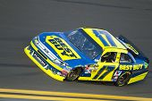 DAYTONA BEACH, FL - FEB 23:  Matt Kenseth (17) holds off the rest of the field to win the Gatorade D