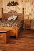 Old Pine Wood Bedroom Set