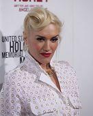 LOS ANGELES - DEC 8:  Gwen Stefani