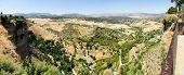 Tajo de Ronda, uno de los famosos pueblos blancos en Málaga, Andalucía, España