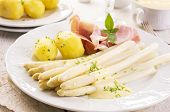 asparagus with ham and potato