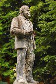 Lenin's Shabby Monument