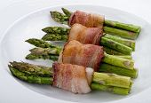 Asparagus Wraped In Bacon.