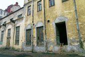 Big Windows In Old Industrial Facilities