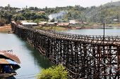 Mon Bridge Uttamanusorn, longest wooden bridge