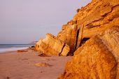 Постер, плакат: Скалы из песчаника в Португалии Salema