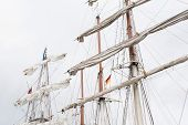 picture of mast  - Great Ship Mast in front of a cloudless sky - JPG