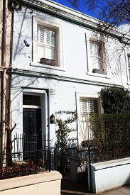 pic of kensington  - Georgian terraced town houses in Portobello Road - JPG