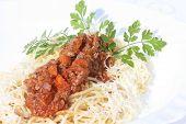 Spaghetti Bolognaise mit Gemüse