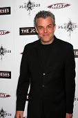 LOS ANGELES - APR 7: Danny Huston at the premiere of 'The Joneses' at the ArcLight Theater in Los An