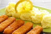 Delicious Fish Fingers And Mashed Potatoes