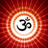 OM Symbol über Strahlen