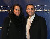 NOVA YORK-Ago 14: MLB ex jogador John Franco e esposa Rose assistem o 10º aniversário Joe Torre S