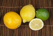 Drei Sorten von Zitronen