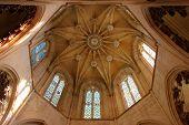 Detalhe da cúpula em o Mosteiro da Batalha, Portugal