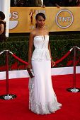 LOS ANGELES - JAN 27:  Kerry Washington arrives at the 2013 Screen Actor's Guild Awards at the Shrin