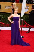 LOS ANGELES - JAN 27:  Melissa Rauch arrives at the 2013 Screen Actor's Guild Awards at the Shrine Auditorium on January 27, 2013 in Los Angeles, CA