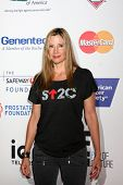LOS ANGELES - SEP 5:  Mira Sorvino at the Stand Up 2 Cancer Telecast Arrivals at Dolby Theater on Se
