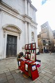 Art Pictures Stand In Venice
