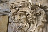 Sculptured head, Zwinger Palace