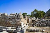 Ruínas do templo em Corinto
