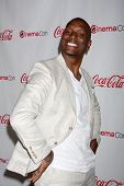 LAS VEGAS - APR 26:  Tyrese Gibson arrives at the CinemaCon 2012 Talent Awards at Caesars Palace on