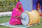 Indian Lady Folk Singer tablas