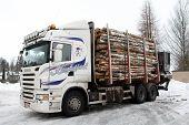 Registro de camiones Trailer lleno de registros