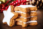 image of shortbread  - fresh cinnamon star shaped cookies with frosting - JPG