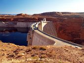 O Glen Canyon Dam e Lago Powell