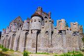 foto of gents  - wide angle view of Gravensteen castle - JPG
