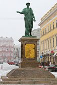 Monument Rishelie Dyuk On Seaside Boulevard In Odessa