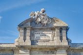 picture of neo  - The Alcala Gate  - JPG