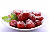Ripe starwberries