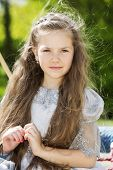 foto of polite girl  - Portrait of a girl in the park - JPG