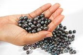 Black pearls beads