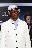 LOS ANGELES - APR 11:  Samuel L. Jackson arrives at