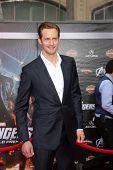 LOS ANGELES - APR 11:  Alexander Skarsgard arrives at