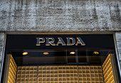 Prada Shop