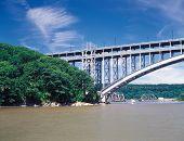 Henry Hudson Bridge.