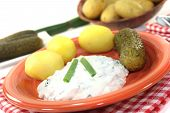 Potatoes With Curd And Pickles