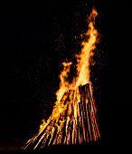 pic of bonfire  - Big bonfire at night - JPG