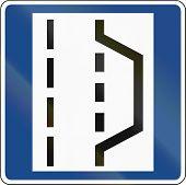 pic of breakdown  - German traffic sign  - JPG